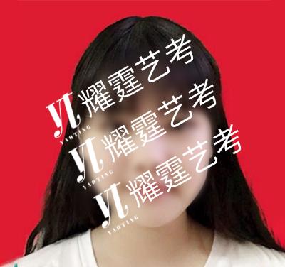 谭X枝 四川传媒学院